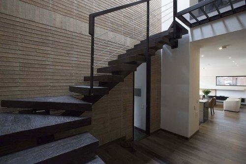 Attik Penthouse 7